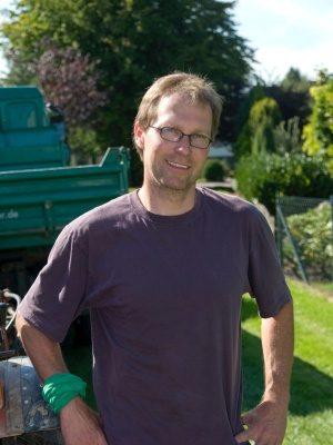 <strong>Andreas Kretschmer</strong><br> Mitarbeiter seit 1990<br><br>  Aufgabengebiet:<br> Dienstleistungen<br><br><br>