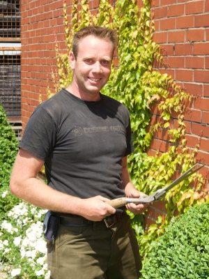 <strong>Christian Lutter</strong><br> Mitarbeiter seit 1995  <br><br>Aufgabengebiet: <br>Versand, Kulturarbeiten, Dienstleistung, Technik